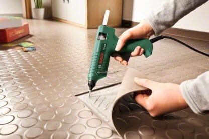 Bosch pištolj za lijepljenje PKP 18 E