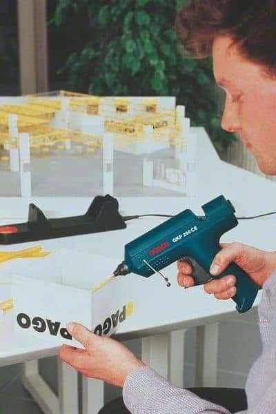 BOSCH pištolj za lijepljenje GKP 200 CE