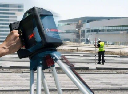 BOSCH građevinski laser GRL 500 HV + LR 50 + stativ + kovčeg