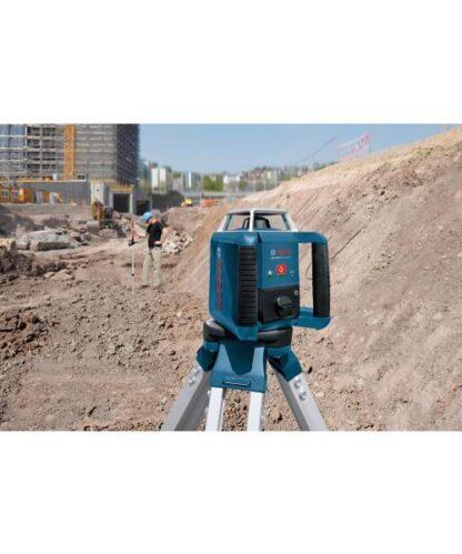 BOSCH građevinski laser GRL 400 H + BT 152+ kovčeg