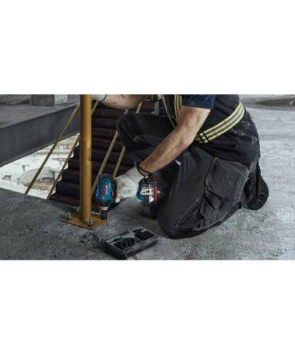 BOSCH aku udarni stezač GDS 18V-400 2xAku 18V 3,0Ah + kovčeg